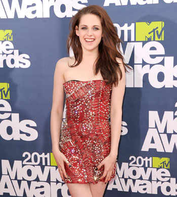 kristen stewart mtv movie awards 2011 red carpet. Kristen Stewart
